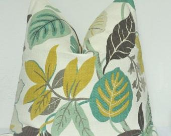 Leaf Pillow, Green Decorative Pillow, Pillow Cover, Decorative Pillow, Toss Pillow, Throw Pillow, Sofa Pillow, Home Furnishing, Home Decor