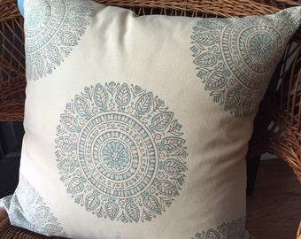 Pretty Pillow
