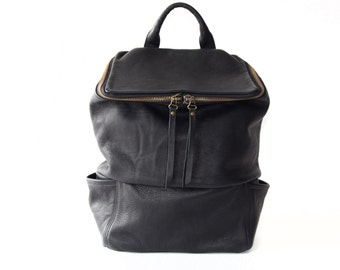Backpack 'SQUARE' black leather