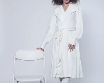 Elegant Jean White Lace Coat Modest Fashion with Legging