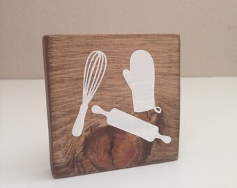 Baking utencils mini wood sign - Kitchen wood sign - Kitchen home decor - Baker sign