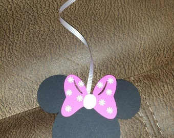 16 Minnie Mouse Party Streamers - Made to order