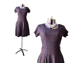 Schoolgirl Dress / 50s Dress / Maroon Dress / 1950s Day Dress  Vintage Clothing / Women Dress Small Day Dress