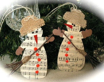 Christmas  music  gift tags , wrapping, ornament, rustic decor - set of 2.
