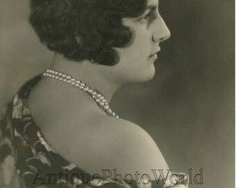 M de Michel pretty woman accordion player antique photo