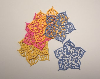 "Set Of 8 ""Berry Flower"" Die Cuts By die-namites/Embellishments/Paper Cuts/Scrapbooking/Card Making/Die Cuts/Flowers"