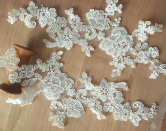 2 Pieces Sequined Bridal Alencon Lace Applique in Ivory for Wedding Gown, Bridal Veils, Garters