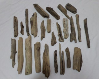 Driftwood Pieces - Bulk Driftwood Pieces - Beach Wood - Craft Supplies - 25 Pieces !