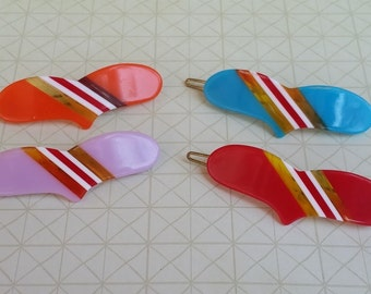 Heart Hair Pins - Plastic Hair Clips - Plastic Barrettes -  Funky Hair Clips - Hair Accessory - Hair Jewelry - Bobby Pins - Cute Hair Pin