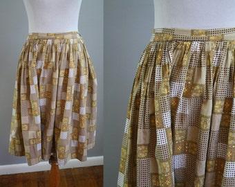 1950's Circle Skirt // Novelty Print // Medium