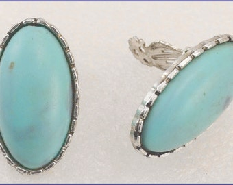 ON SALE Vintage Large Silver Tone Faux Turquoise Oval Clip On Earrings
