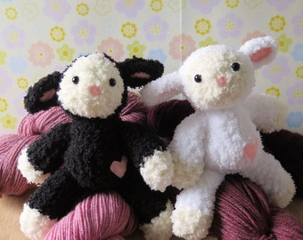 Black or White Lamb Plush Toy - Knit Lamb doll - Stuffed lamb - Knitted Lamb - Sheep plush toy