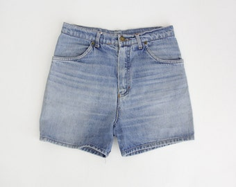 Vintage shorts // 70's blue faded jean shorts