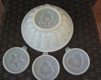 Vintage set of 6 Tupperware brand jellow mold with four molds (white)