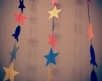 Stars and or rockets paper confetti garland