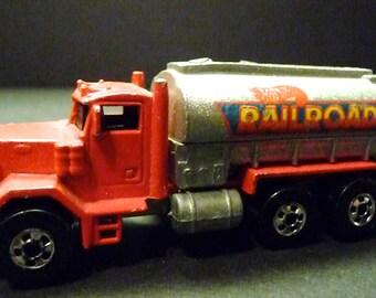 1979 Hot Wheels Peterbuilt Railroad Tanker Truck