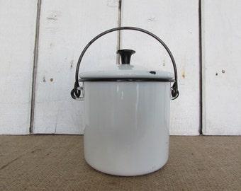 Vintage White Enamel Lard Pot with Lid, White Enamel Lard pot, Vintage Lard Pot, Old Lard Pot, Vintage Enamelware Pot, Old Enamelware Pot,