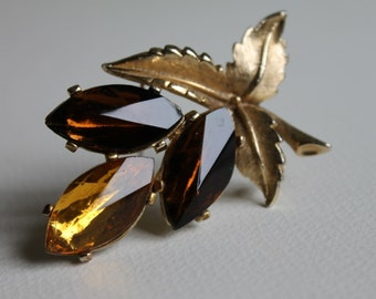 Beautiful Sphinx Goldtone- Topaz & Brown Marquise Paste Leaf/ Flower Brooch
