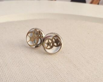 Steampunk Stud Earrings - Vintage Watch Piece Jewellery - Clockwork Earrings