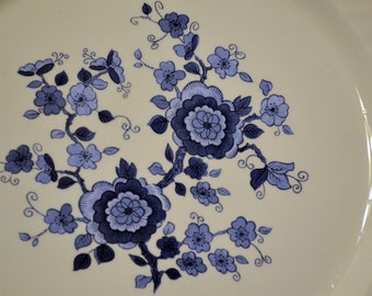 Vintage Wedgwood Royal Blue Dinner Plate White Blue Floral Pattern England PanchosPorch