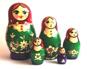 Red Green Blue Inlaid with Straw Russian Nesting Dolls Real Wood Matryoshka 5 pieces
