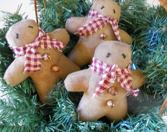 Set of 3 Grungy Gingerbread Men Bowl Fillers Ornies