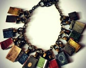 Book charm bracelet. Vintage style books, library bracelet, literary jewelry, book gifts. Bookworm, reading, literature gifts, book jewelry