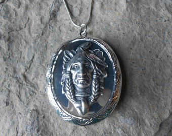 Native American Locket!!! High Quality!!!  Indian, Indian Head, Southwestern, Tribal, Photos, Keepsakes