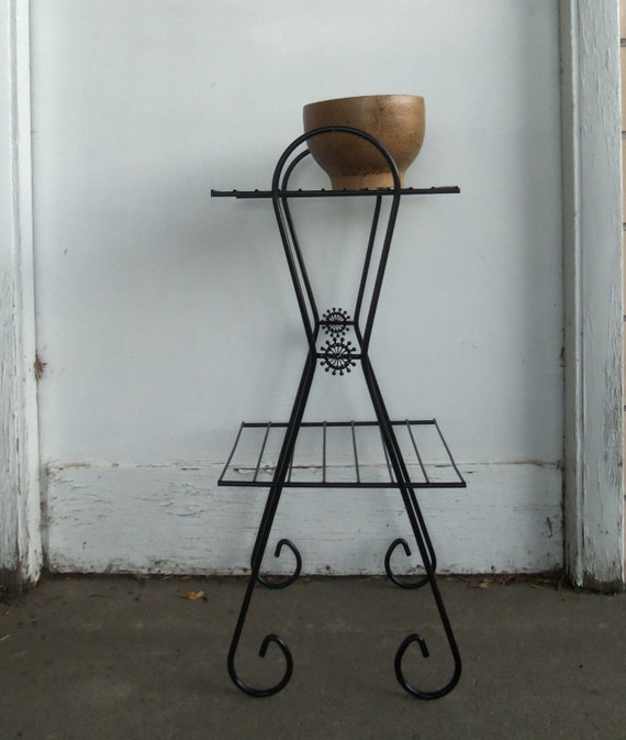Mid Century Modern Metal Wire Plant Stand Side by bettyrayvintage