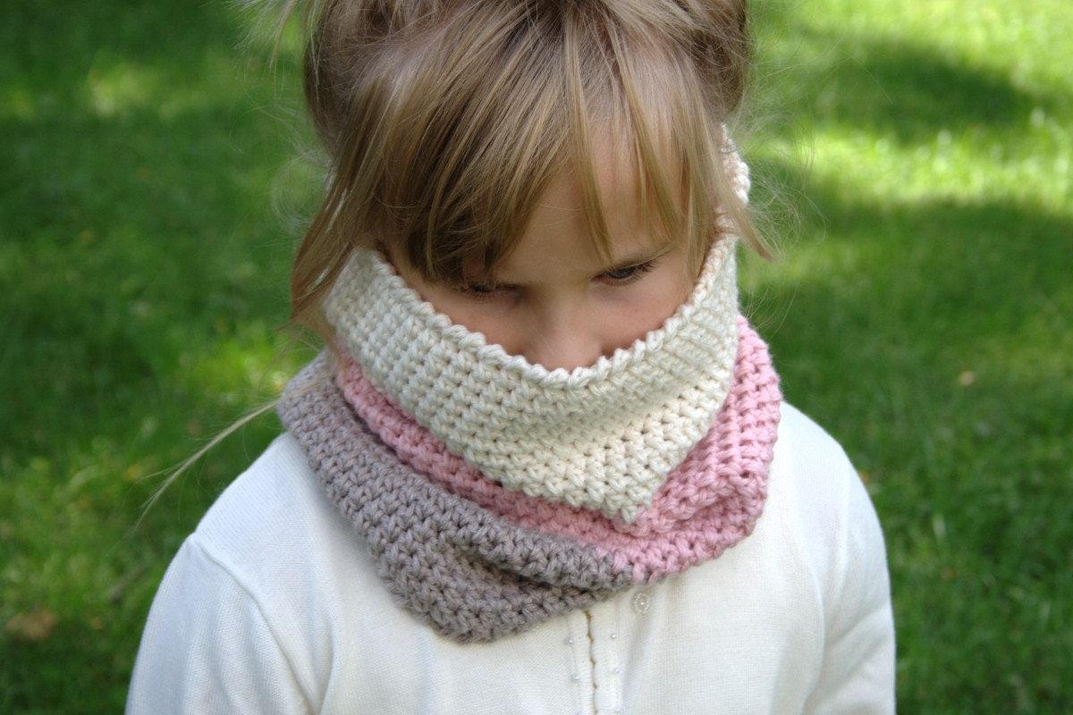 Crochet pattern child cowl pattern neck warmer pattern zoom bankloansurffo Choice Image