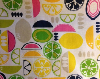 KITCHY KITCHEN by Maude Ashbury - Fabric - Blend Fabrics - Fruit Slices PINK - Quilting - Sewing - Home Decor - Retro - Kitchen