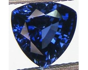 Excellent Cut Trillion 10 mm. 4.48 CT Blue Sapphrie Lab Corundum Loose Gemstone for Pendant or Statement Ring