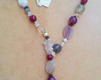 """""""Tie"""" necklace with natural stones"""