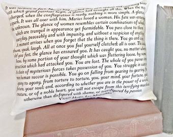 Les Misérables Pillow, Victor Hugo