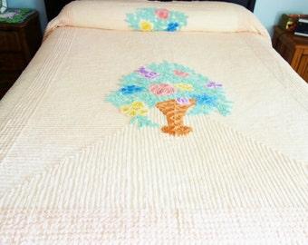Vintage Chenille Bedspread, Peach Chenille Bedspread, Cutter Bedspread, Flower Basket Chenille Bedspread, Cutter, Chenille Fabric
