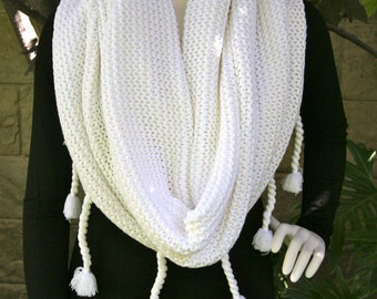 Cowncho Cowl Poncho Winter White Shawl Wrap Sweater with Tassels