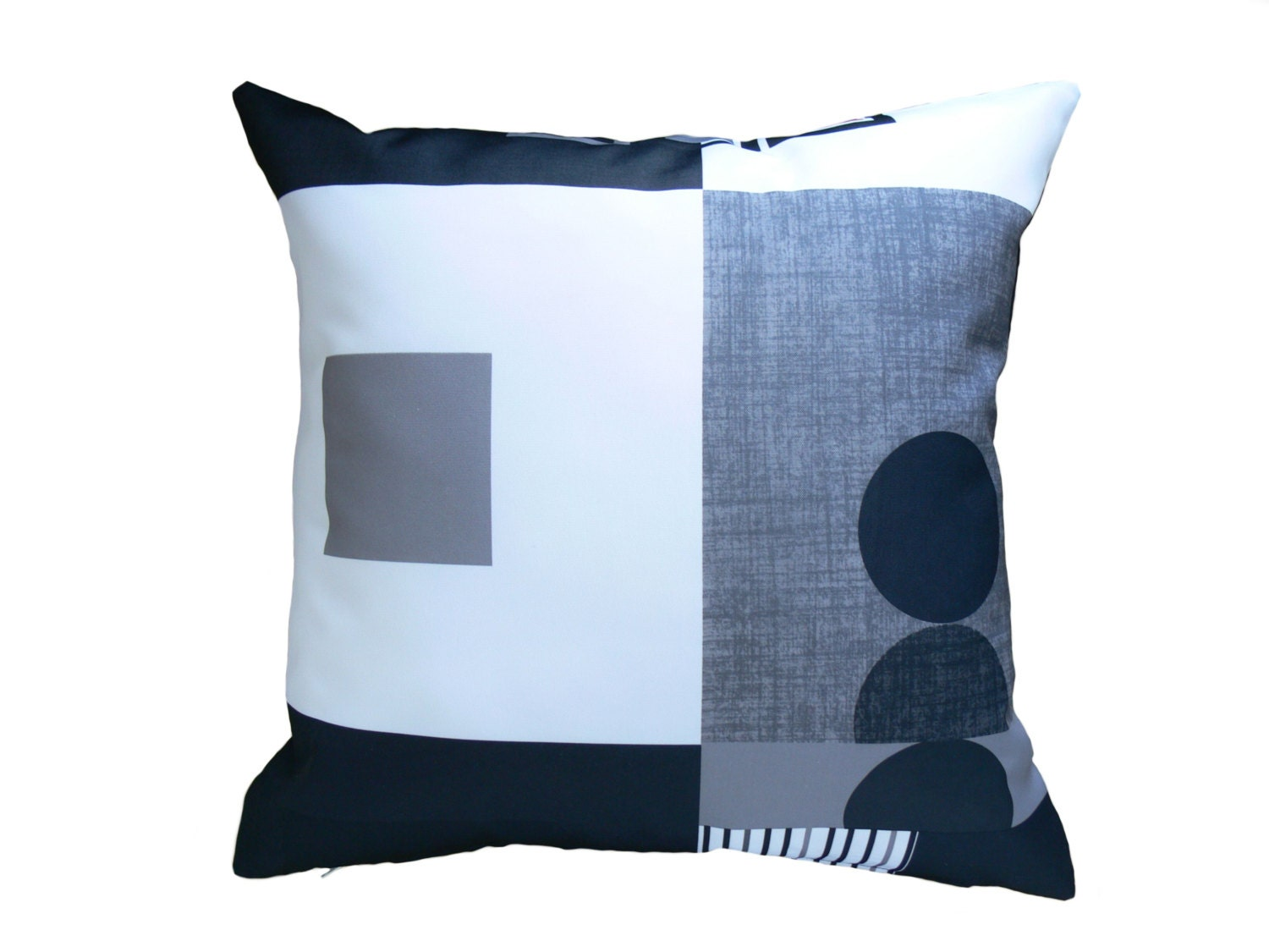 Modern Pillow Covers Etsy : Pillow Cover with Modern Geometric Pattern Throw Pillow