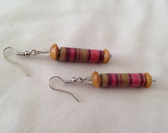 Paper-beads Earrings723 with wood beads. Recycled paper-beads and handmade.