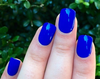 blue nails, fake nails, acrylic nails, set of nails