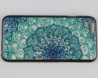 Flower patterned iPhone 6/6s case