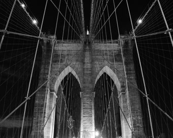 New York City's Brooklyn Bridge at Night - Black & White Photo Wall Art Picture Poster