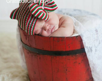 Christmas is Coming! Newborn CHRISTMAS Red/Green/White Stripe Holiday Hospital Hat with a Bow Same Material as Hat! CUTE!