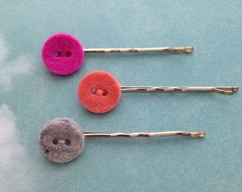 Hair clips button (button), pink, 1, 2 cm wide (wide), 5, 2 cm long (lenght).