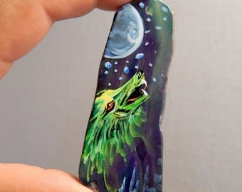 "Ex Large 3 1/4"" Hand Painted Wolf on Agate Slice Pendant Jewelry Necklace DIY Drilled Craft Supplies Occult Magic"