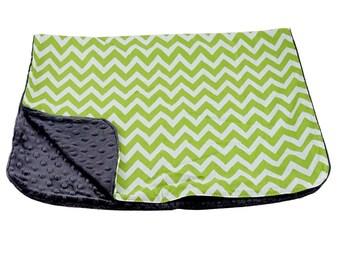 Reversible Baby Blanket Zig Zag Green