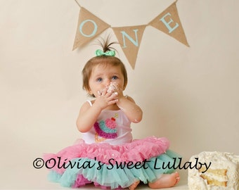 HighChair Banner- 1st Birthday- Party Decorations- Smash Cake -Photo Prop -1st Birthday Banner- I am One- High chair Banner- One Banner