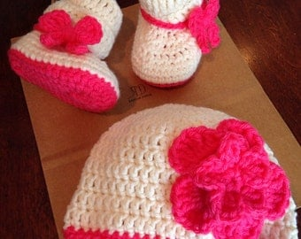Crochet baby booties and hat set, Crochet Hat and Booties