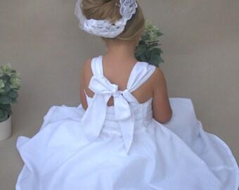 White boho flowergirl dress, Custom flowergirl dress, Country style girls dress, Modern flowergirl,Twirly dress, Girls dress for wedding