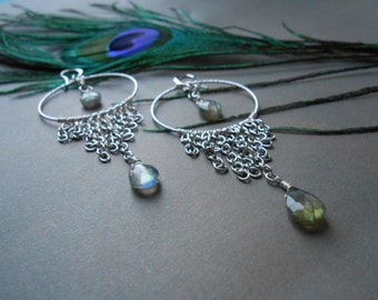 Labradorite large hoop earrings - Long chandelier earrings - Gemstone earrings - Silver fringes and labradorite teardrop