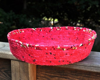 Watermelon clothesline coiled basket bowl, large.